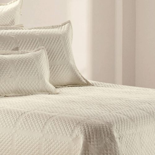Crista Coverlet Cream